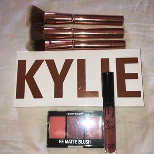 Luxury Beauty Bundle.  Blush, Shadow, Brush, Lips
